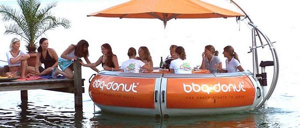 BBQ Donut – лодка для пикника