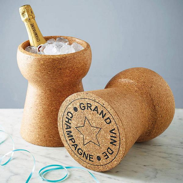 Champagne Cork Stool: пробка от шампанского в роли табурета