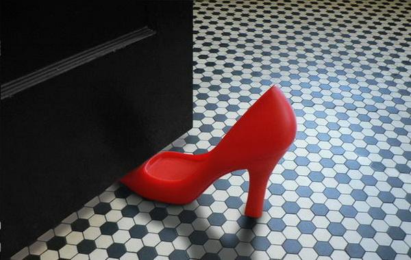 Женская туфелька - фиксатор