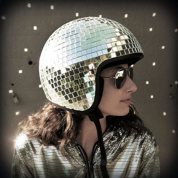 Женский мотоциклетный шлем