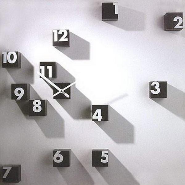 необычные хаотичные часы