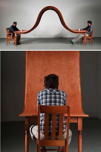 Волнообразный обеденный стол - скульптура от Michael Beitz