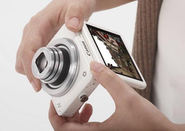 Canon PowerShot N – фотоаппарат с кнопкой от Facebook