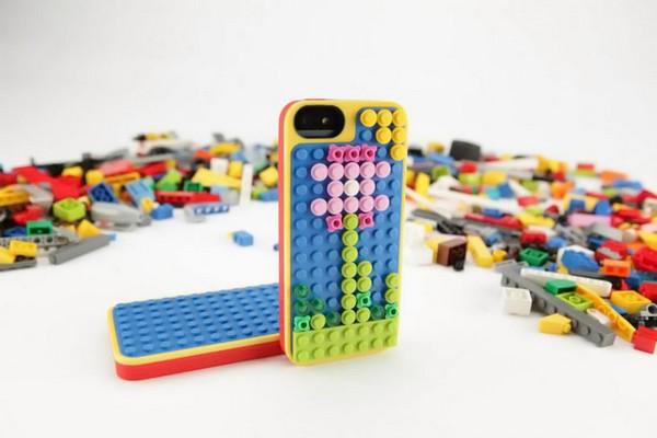 Чехол для iPhone 5 от LEGO и Belkin