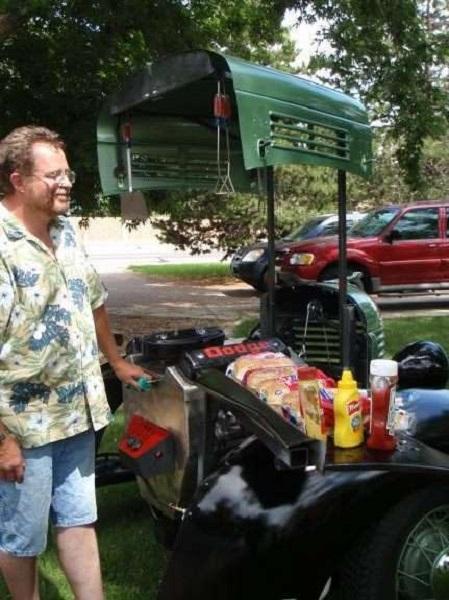 Hot Rod BBQ Grill - походный гриль ручной работы от Willie Elder