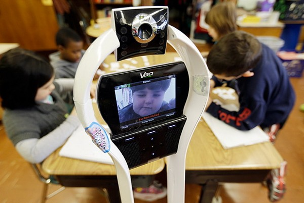VGo — робот, который ходит в школу вместо больного ребенка