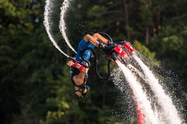 Flyboard – новый водный вид спорта