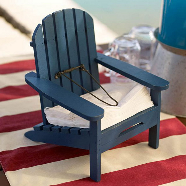 Декоративный стул - подставка для салфеток