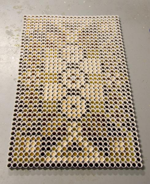 Коллекция оригинальных ковров, созданных из напитков