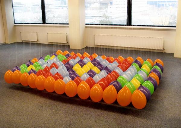 Коллекция оригинальных ковров, созданных воздушных шаров