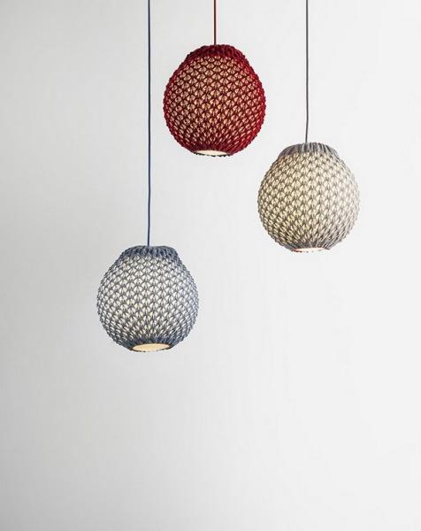 Трикотажные лампы от дизайнеров Ariel Zuckerman и Oded Sapir