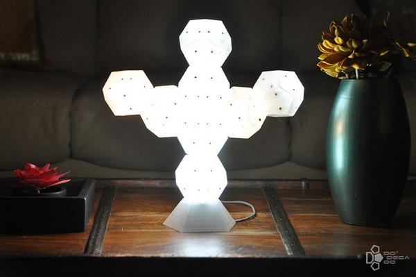 Светильник-конструктор Dodecado: создай свою скульптуру