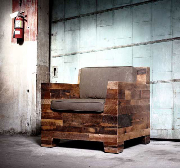 Деревянное кресло от компании Millworks