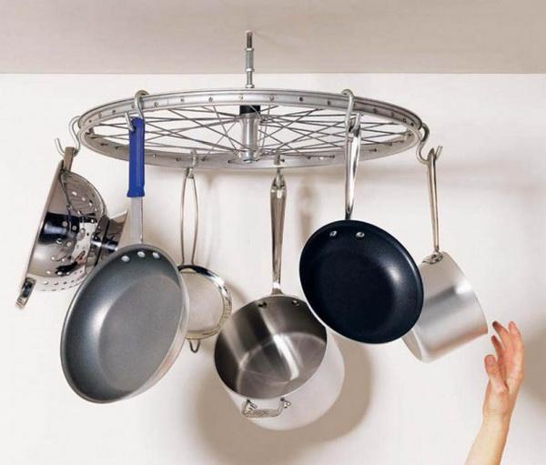 подвеска для посуды из велосипеда