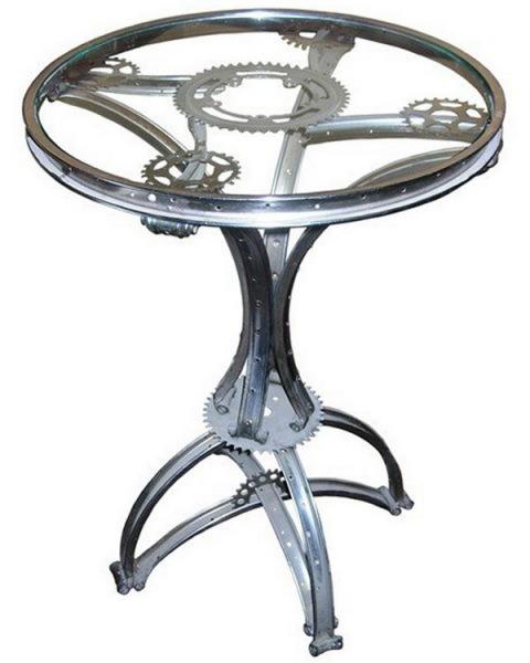 Журнальный столик из велосипеда