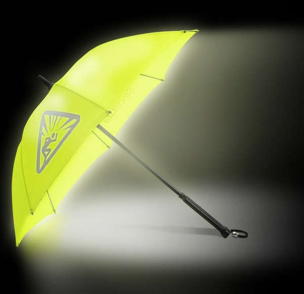 Bright Night StrideLite Umbrella - яркий во всех смыслах зонт с люминесцентной подстветкой