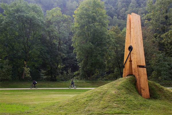 Выставка современного уличного искусства в парке Chaudfontaine (Бельгия). Автор Uysal Mehmet Ali