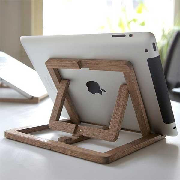 деревянная подставка для IPad