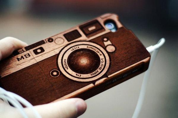 деревянный чеход для iPhone