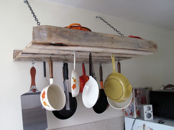 полка для сковородок из поддонов подвесная