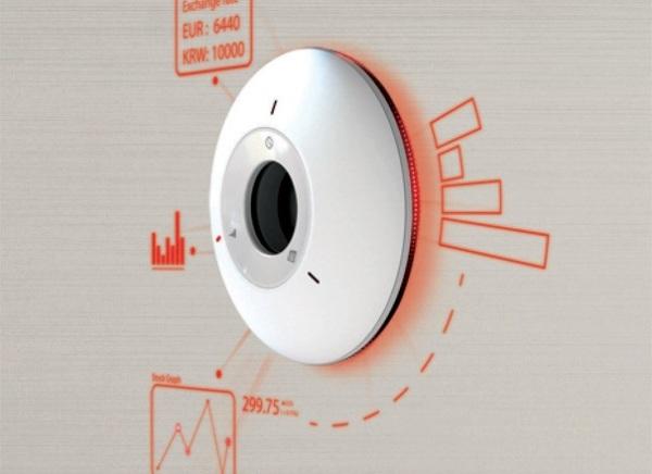 Sundial проецирует информацию на стену при помощи лазерного проектора
