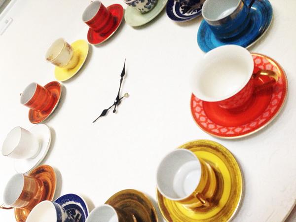 часы из чайного сервиза
