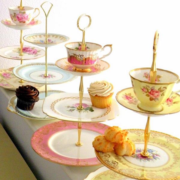 этажерка для фруктов и сладостей из чайного сервиза