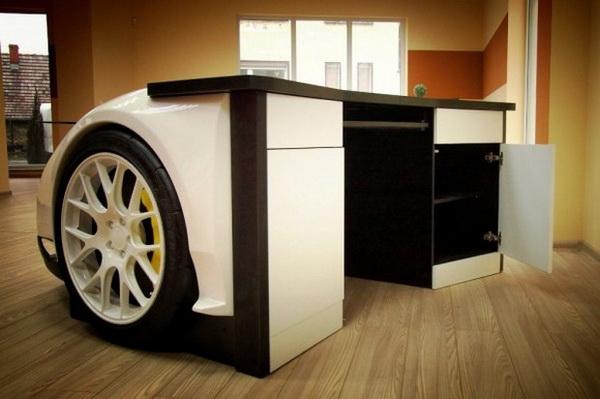 Стильный рабочий стол Lamborghini Murcielago