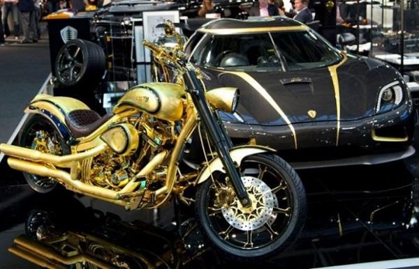 Золотой мотоцикл от датской компании Lauge Jensen