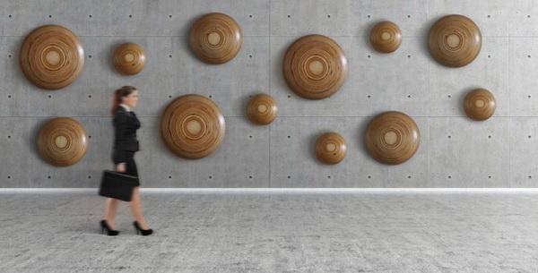Настенный декор: деревянные таблетки, которые лечат интерьер