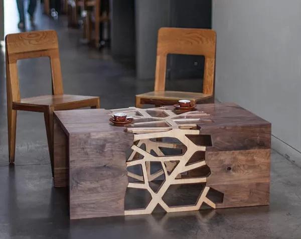 - ветвистый кофейный столик, символизирующий дружеские узы, от Gradient Matter