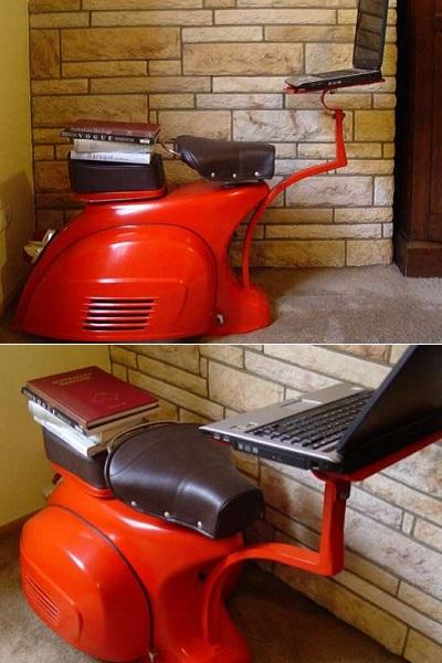 Креативный рабочий стол от David Giametta, собранный из подержанного мопеда
