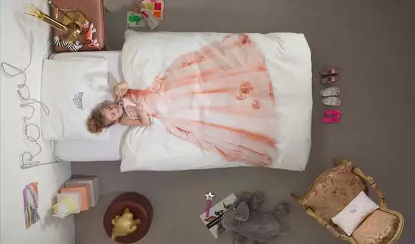 Необычное постельное белье для девочек, которых трудно уложить спать, от Snurk Beddengoed