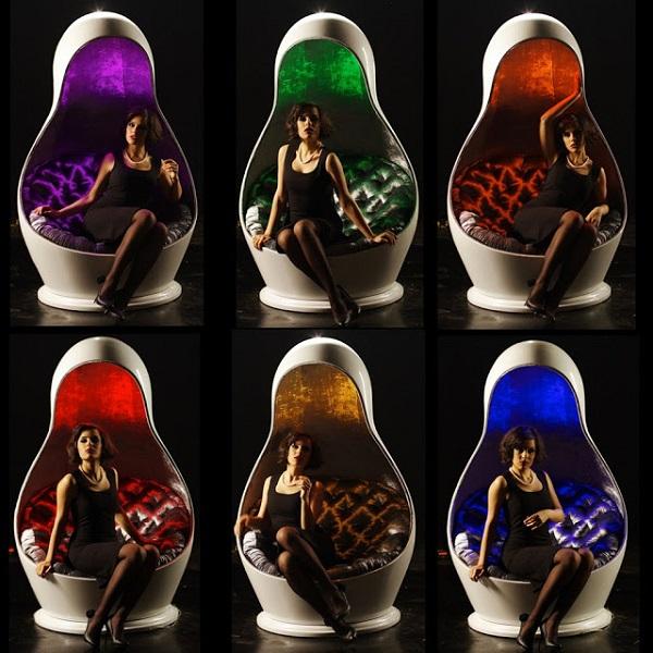 Кресла Matreshka Light Chair от Georgi и Peter Slokoski - оригинальные предметы быта в форме матрешек