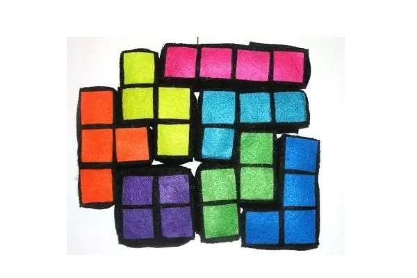 Plush tetris blocks - подушка-паззл для поклонников тетриса