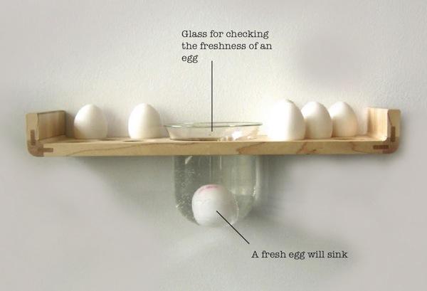 полка для яиц с водой