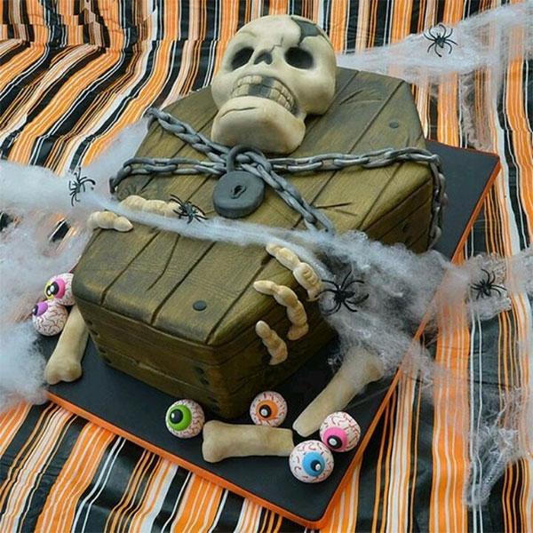 торт в виде гроба и черепа ко дню всех святых