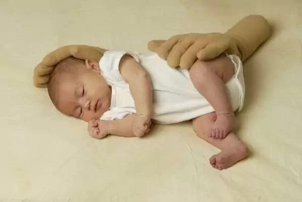 Zaky Infant - дизайнерская антистресс-подушка для самых маленьких