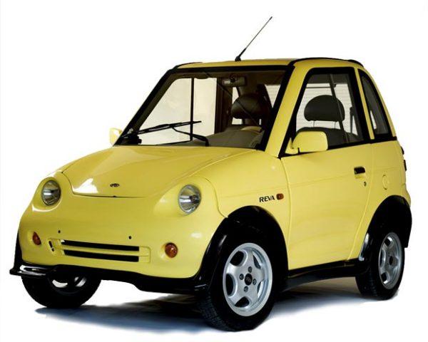 Крохотный городской автомобиль REVAi
