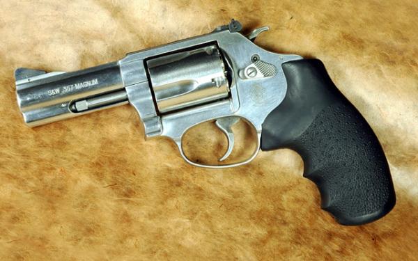 Популярный револьвер Model 60 Ladysmith