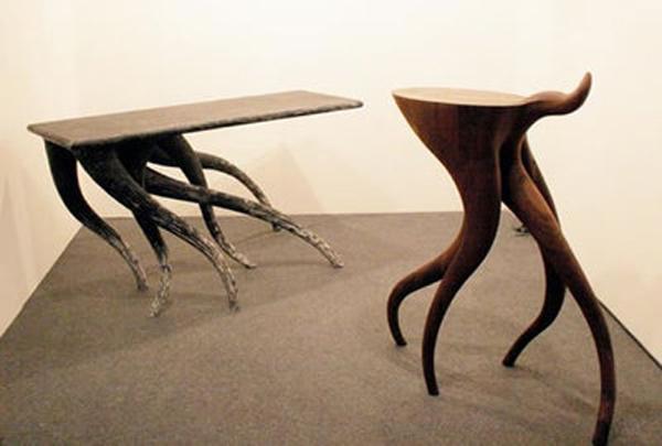 Убегающий стол от Chul An Kwak