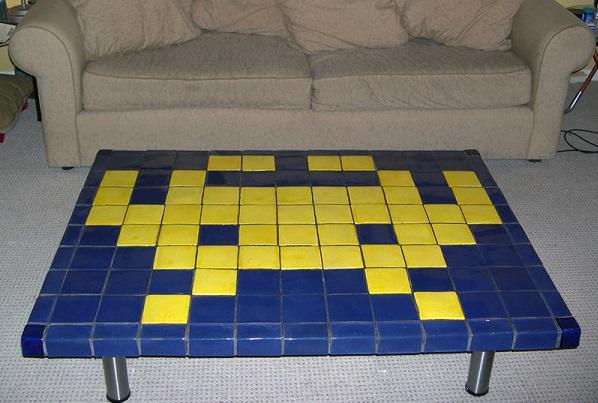 Оригинальный кофейный столик от Sean Ragan