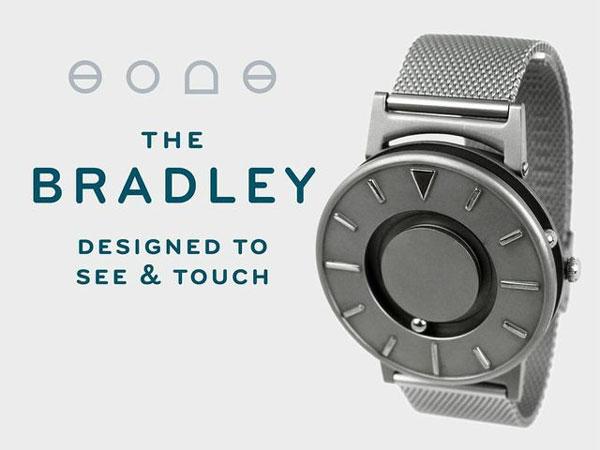 Наручные часы для слепых  Bradley