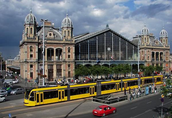 Самый длинный трамвай в Будапеште, Венгрия.