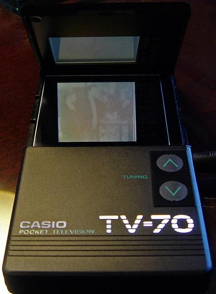 CASIO TV-70 - самый тонкий и легкий в мире телевизор 1986 года выпуска