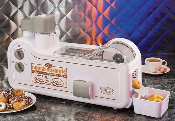 Dough-Nu-Matic – прибор для приготовления пончиков