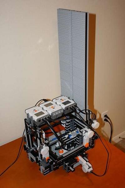 BattleBricks MakerLegoBot – самодельный принтер для игр с Lego