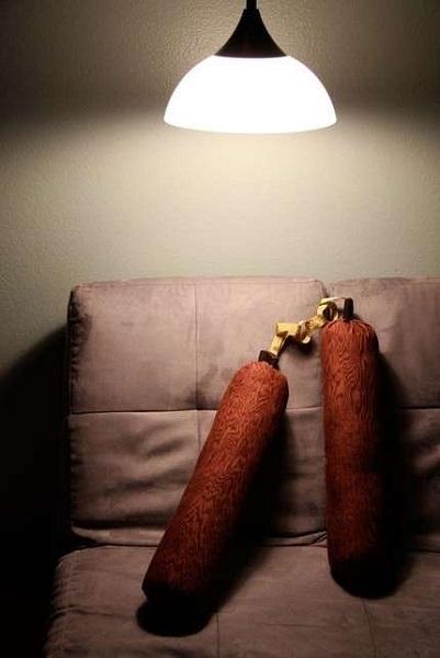 Nunchuck Pillows – подушки в стиле ниндзя, защищающие от ночных кошмаров