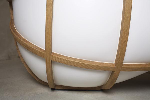 Ванна в форме кресла от дизайнера Thomas Linssen