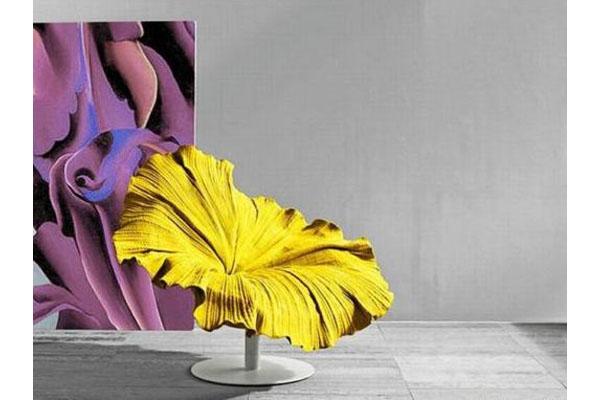 Цветущее кресло от Kenneth Cobonque